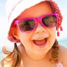 Солнцезащитные очки и панамы