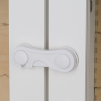 "Блокиратор для дверей Happy Baby ""CUPBOARD LOCK"" 19015"